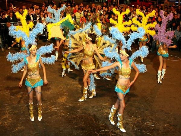 karneval mažoretkinje